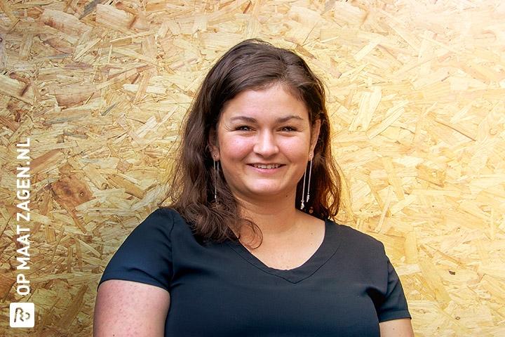 Laura - Medewerkers - OPMAATZAGEN.nl